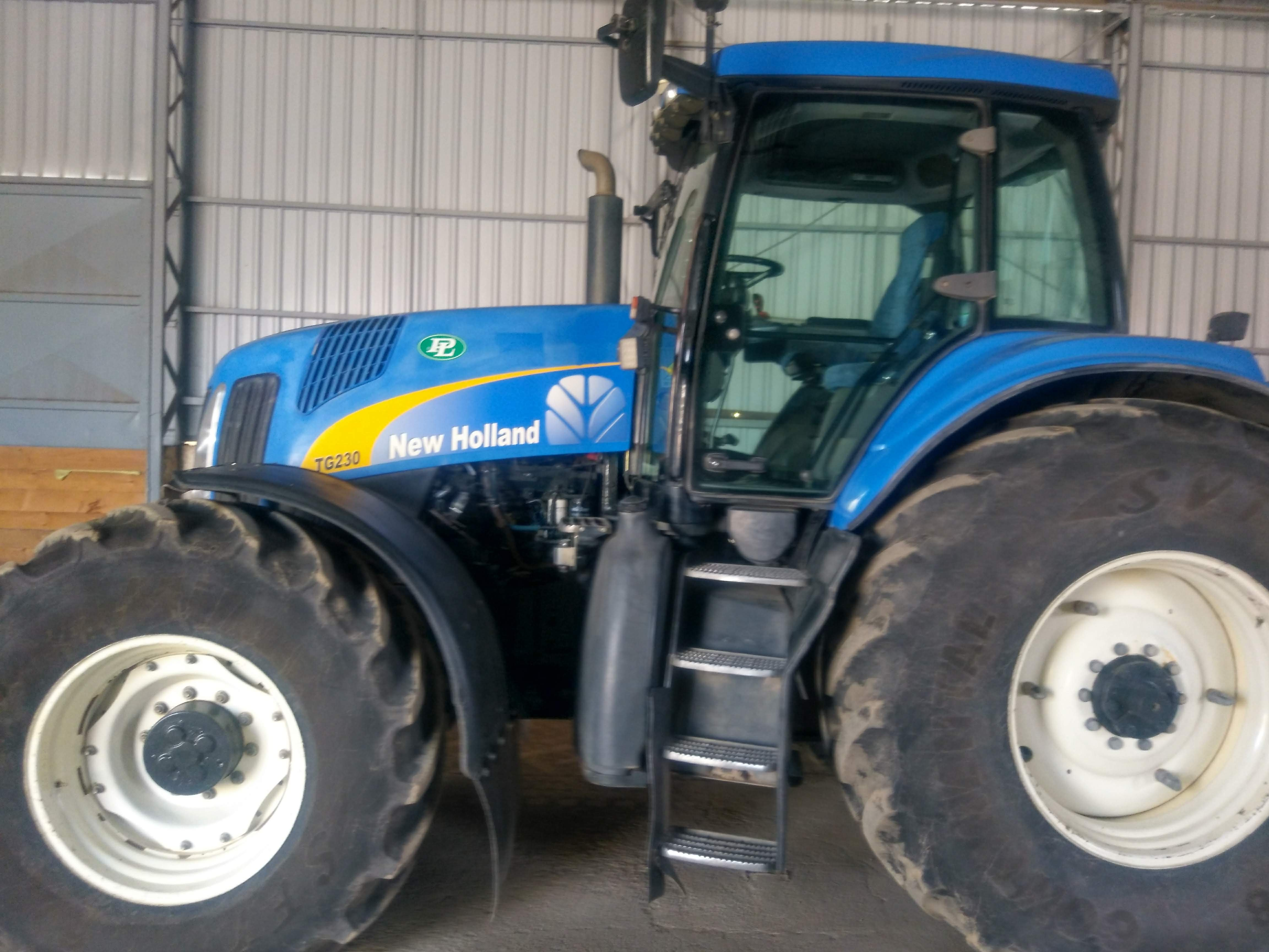 New Holland TG 230